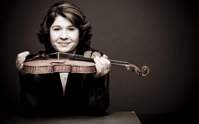 mihaela-cu-vioara
