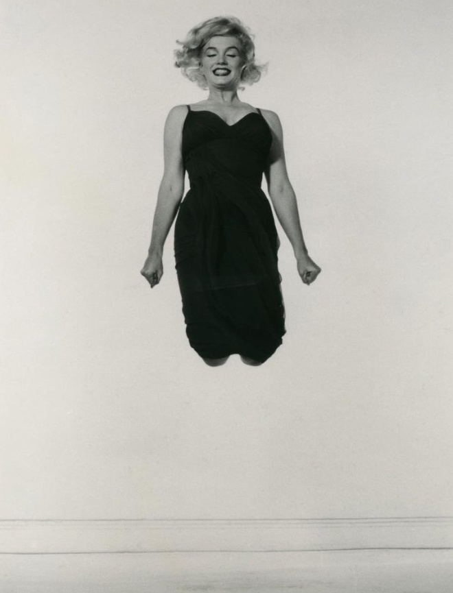 Philippe Halsman, Marilyn Monroe, Jumping, 1954 Upsilon Gallery