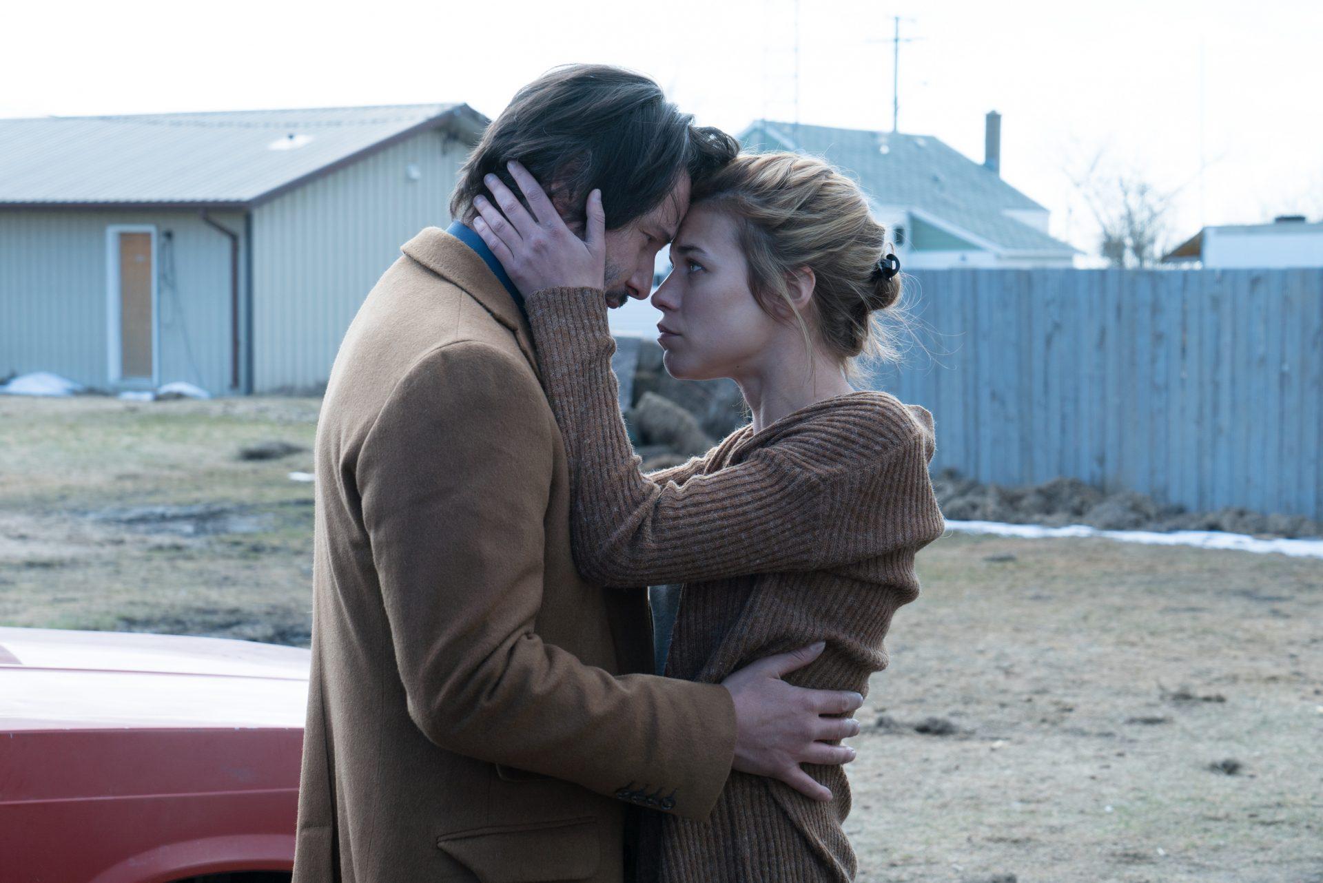 02 Ana Ularu în Siberia _alaturi de Keanu Reeves_foto Saban Films