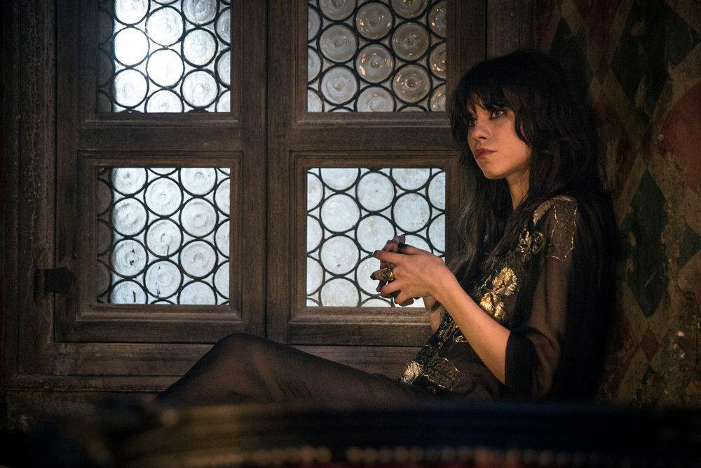 Ana Ularu în Oz_foto David Lukacs_NBC