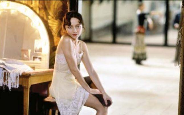 """Actriţa Maria de Medeiros o interpretează pe Anaïs Nin în filmul """"Henry şi June"""""""